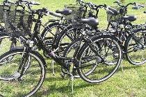 Wir betreiben für unsere Hausgäste eine Fahrradvermietung direkt am Haus.Sie können jederzeit bequem ihre Räder ausleihen ohne lange Umwege .Auch Fahrradtransfer in andere Gegenden der Insel sind mögl